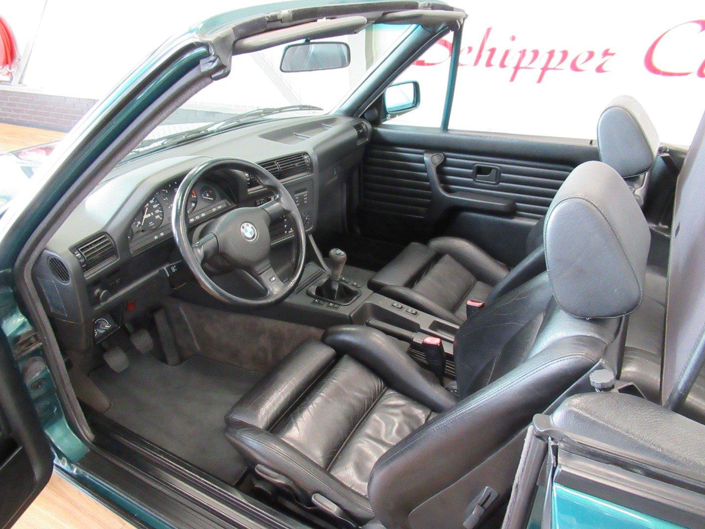 1992 BMW 318i E30 Cabrio For Sale (picture 4 of 6)