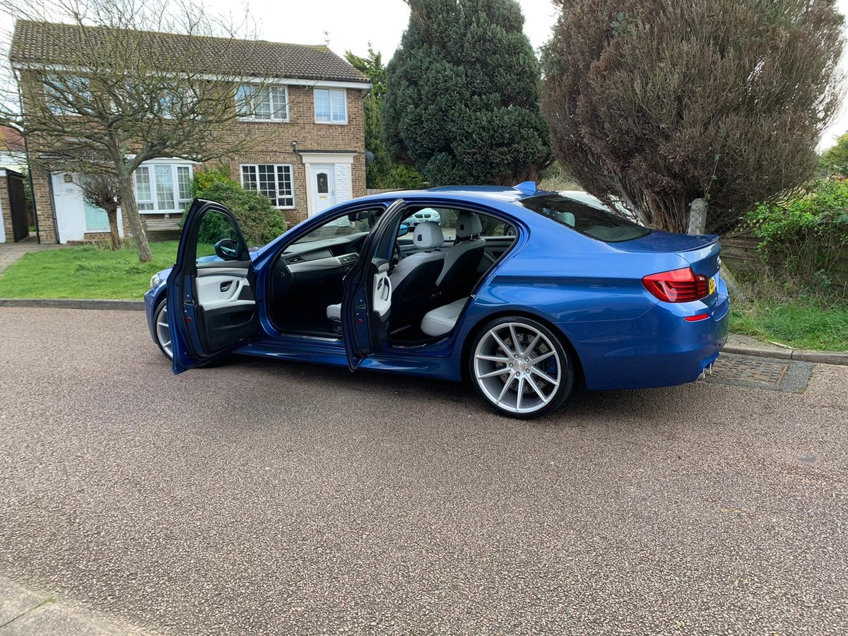 2013 BMW M5 F10 v8 twin turbo -- facelift model -- f/ BMW/s/h For Sale (picture 1 of 6)