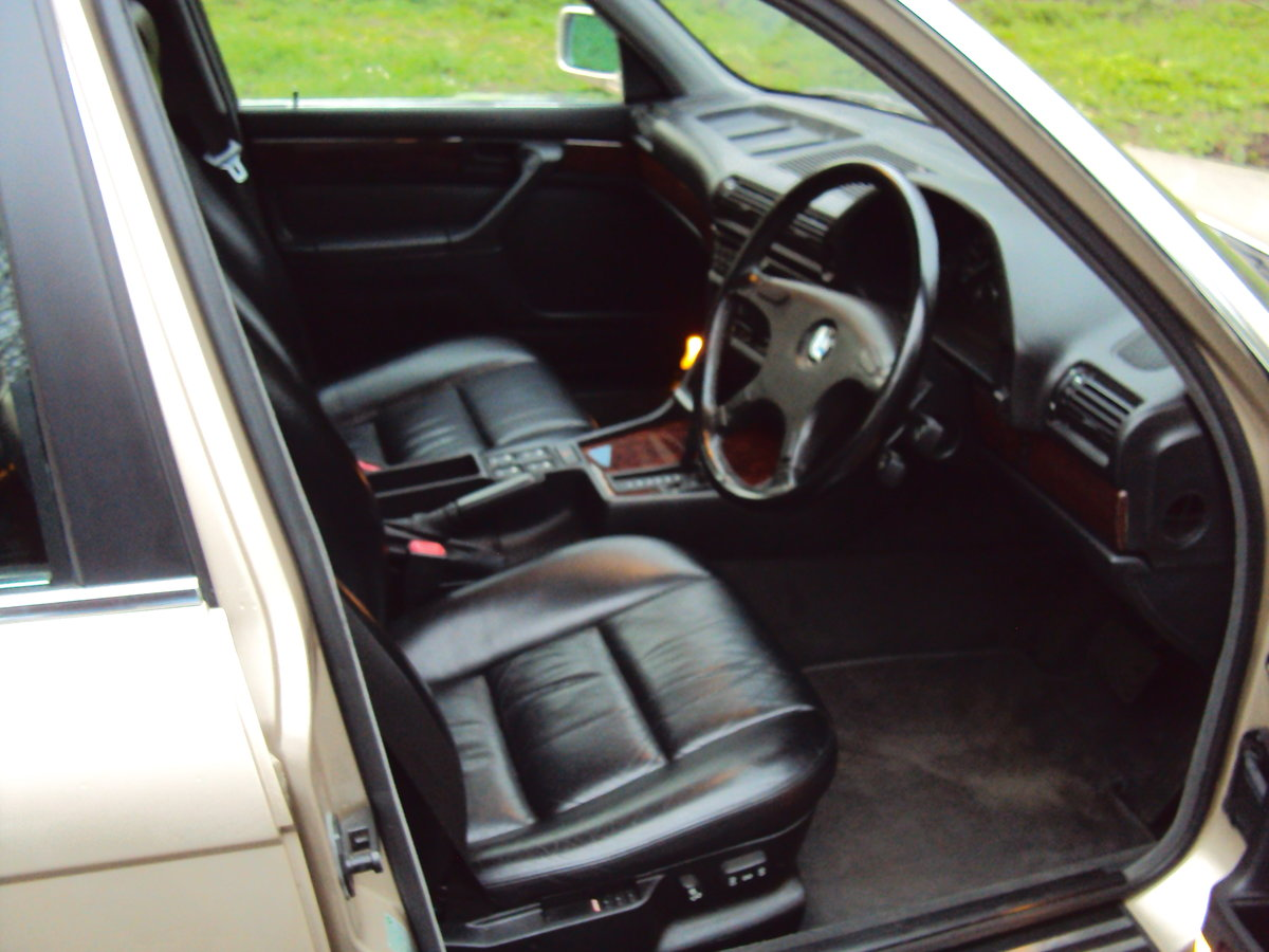 1991 BMW 735i SE E32 For Sale (picture 6 of 6)
