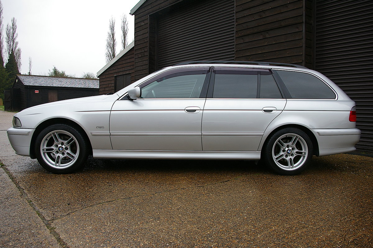 2003 BMW E39 525i LTD Edition Touring (42,639 miles) For Sale (picture 2 of 6)