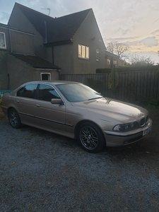 2000 BMW 520i e39