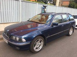 BMW 540i Touring Auto
