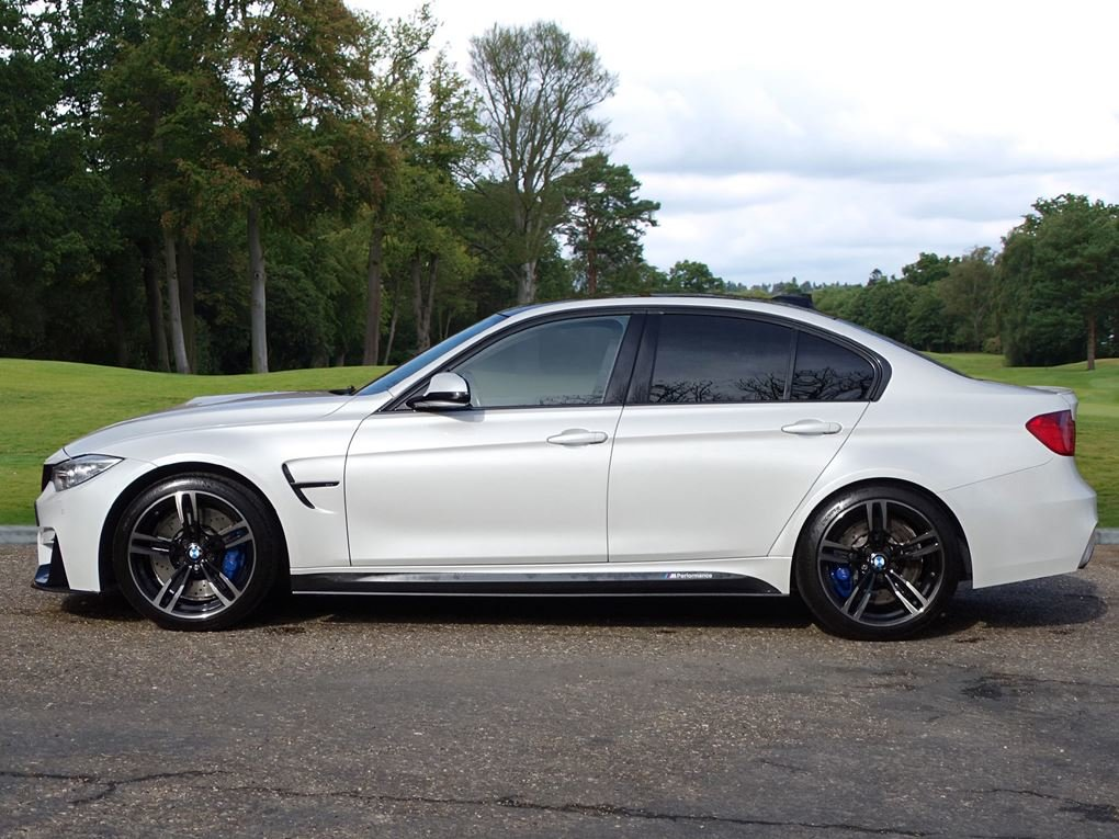 2014 BMW  M3  SALOON DCT AUTO  26,948 For Sale (picture 2 of 24)