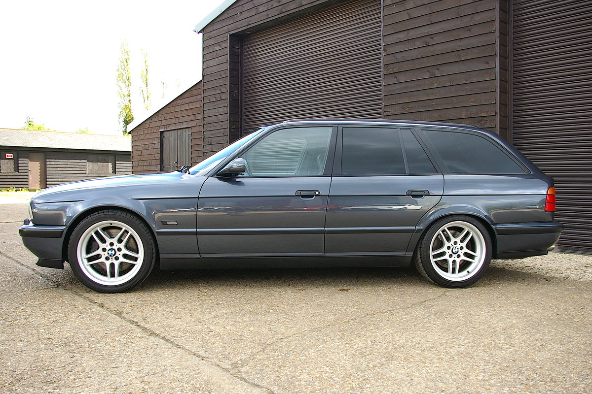 1995 BMW E34 M5 3.8i Touring 6 Speed Manual (86,216 miles) For Sale (picture 2 of 6)
