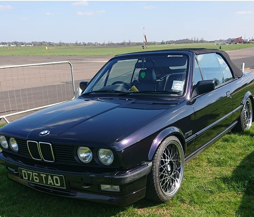 1986 E30 325i convertible For Sale (picture 1 of 6)