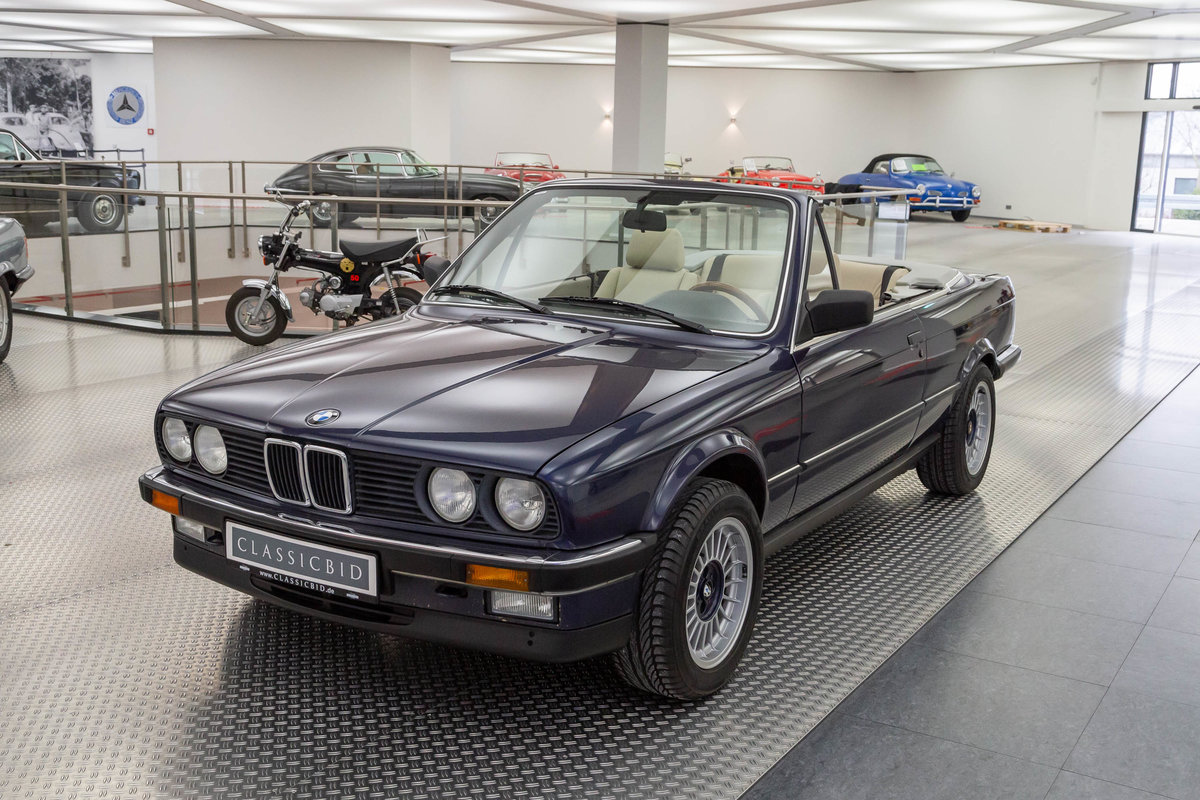 1987 BMW 325i Cabrio  For Sale (picture 1 of 6)