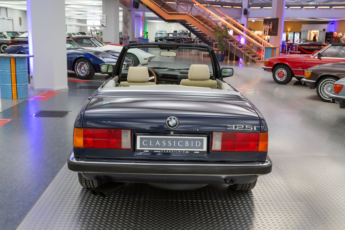 1987 BMW 325i Cabrio  For Sale (picture 3 of 6)
