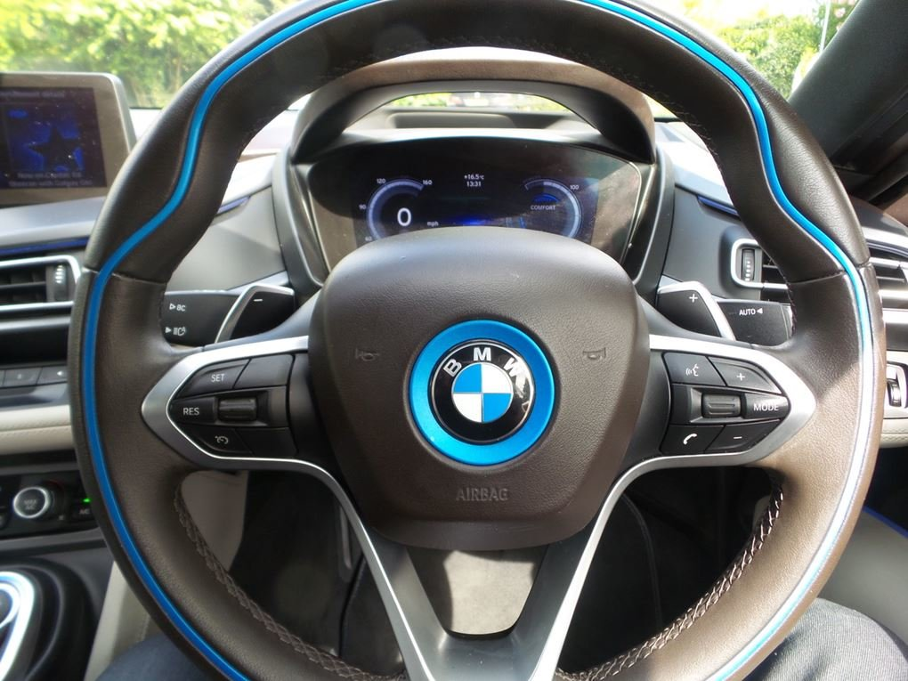 2015 BMW  I8  I8  39,948 For Sale (picture 5 of 20)