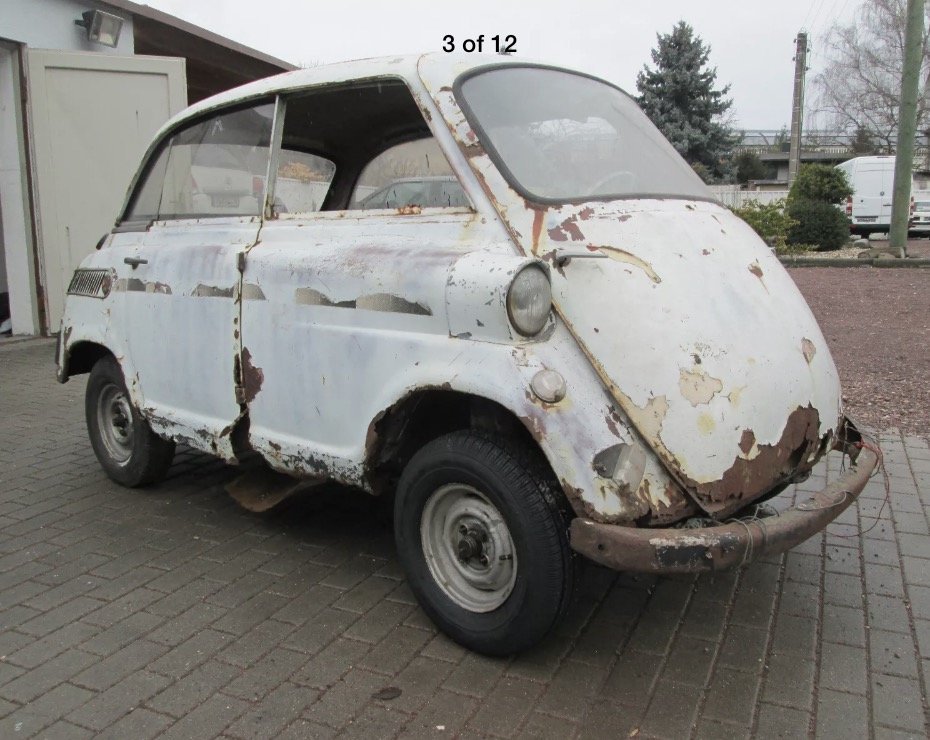 1958 Rare Isetta 600 Barnfind + spares For Sale (picture 1 of 6)