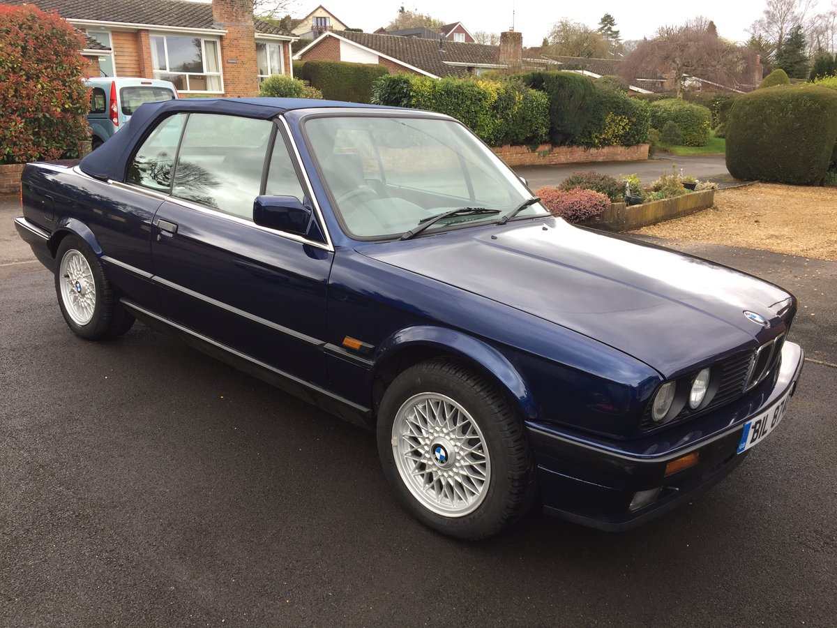 1991 BMW 325i E30 Cabriolet SOLD (picture 1 of 6)