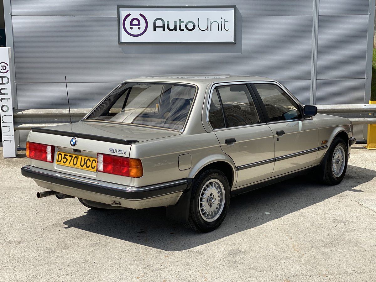 1986 BMW 318i E30 -  ONLY 41K MILES STUNNING CONDITION For Sale (picture 3 of 6)