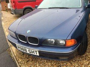1998 Bmw e39 520i s.e.  Auto. Petrol. Leather interior.