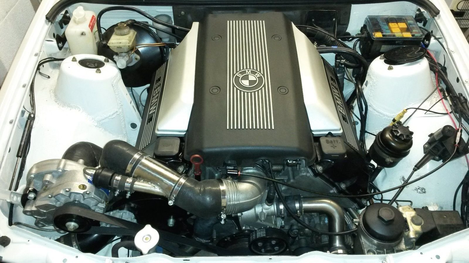 1989 520BHP BMW E30 Touring Supercharged V8 'Sleeper' For Sale (picture 5 of 6)