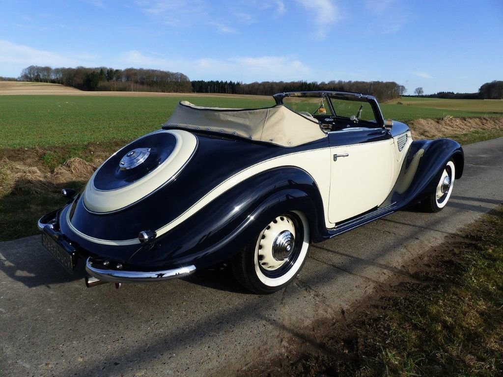 1939 BMW 327/28 Convertible - barn find, grandly restored For Sale (picture 4 of 6)