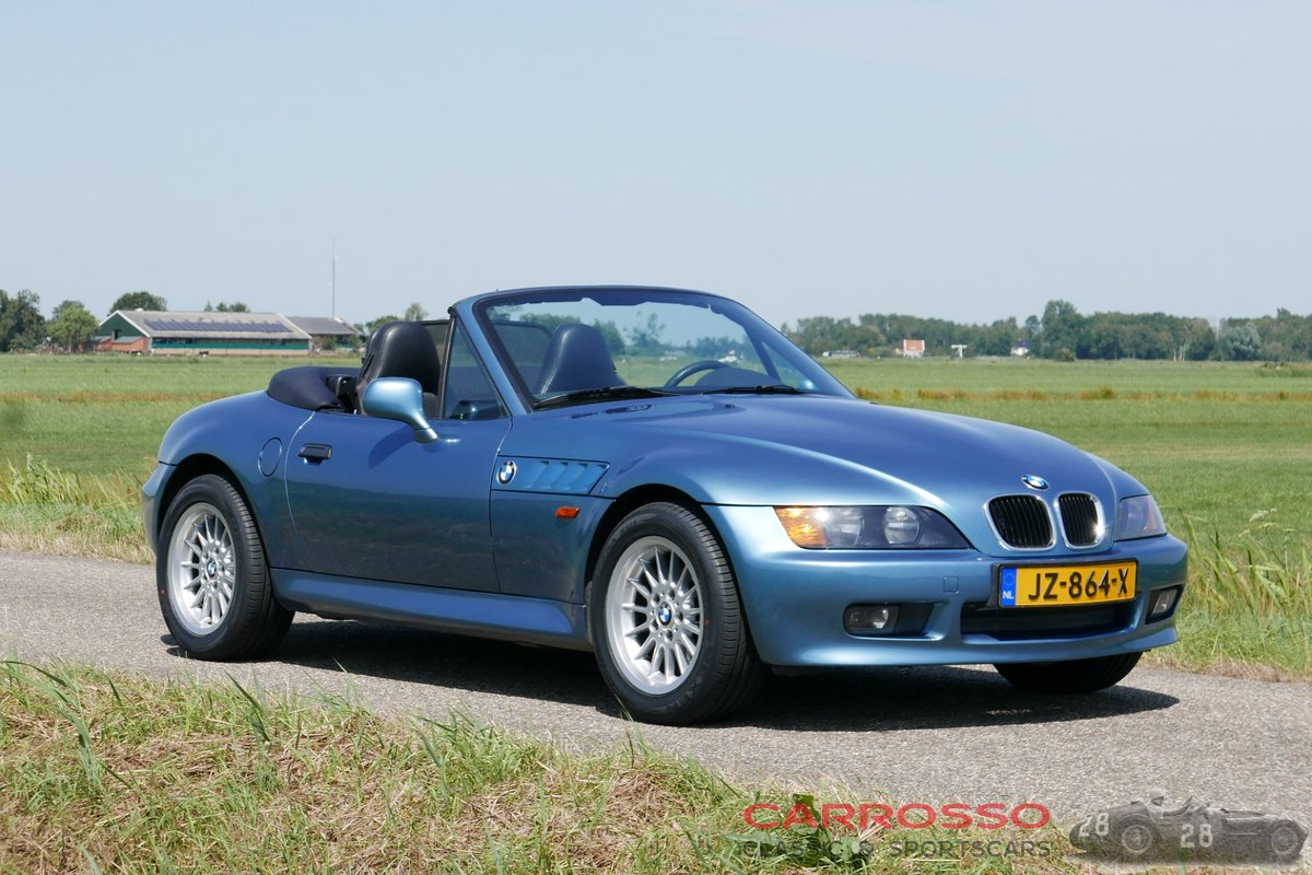 1999 BMW Z3 Roadster with only driven 117.712 KM. For Sale (picture 1 of 6)