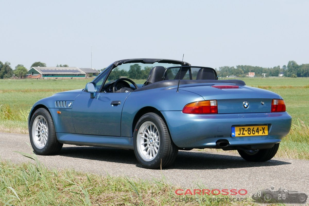 1999 BMW Z3 Roadster with only driven 117.712 KM. For Sale (picture 2 of 6)
