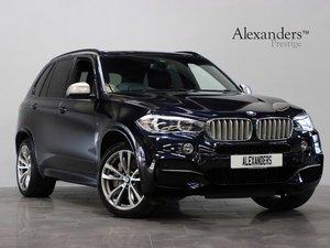 18 68 BMW X5 M50D AUTO