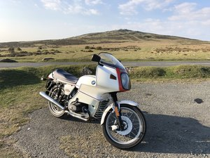 Fantastic BMW r100 RS 1977 Motorsport edition