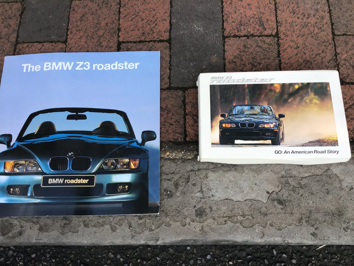 1998 BMW Z3 1.9 factory fresh convertible For Sale (picture 4 of 6)