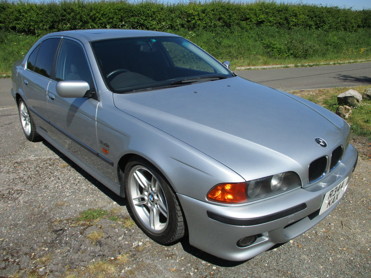 1998 BMW 523 Saloon Automatic. 25000 Miles SOLD (picture 1 of 6)