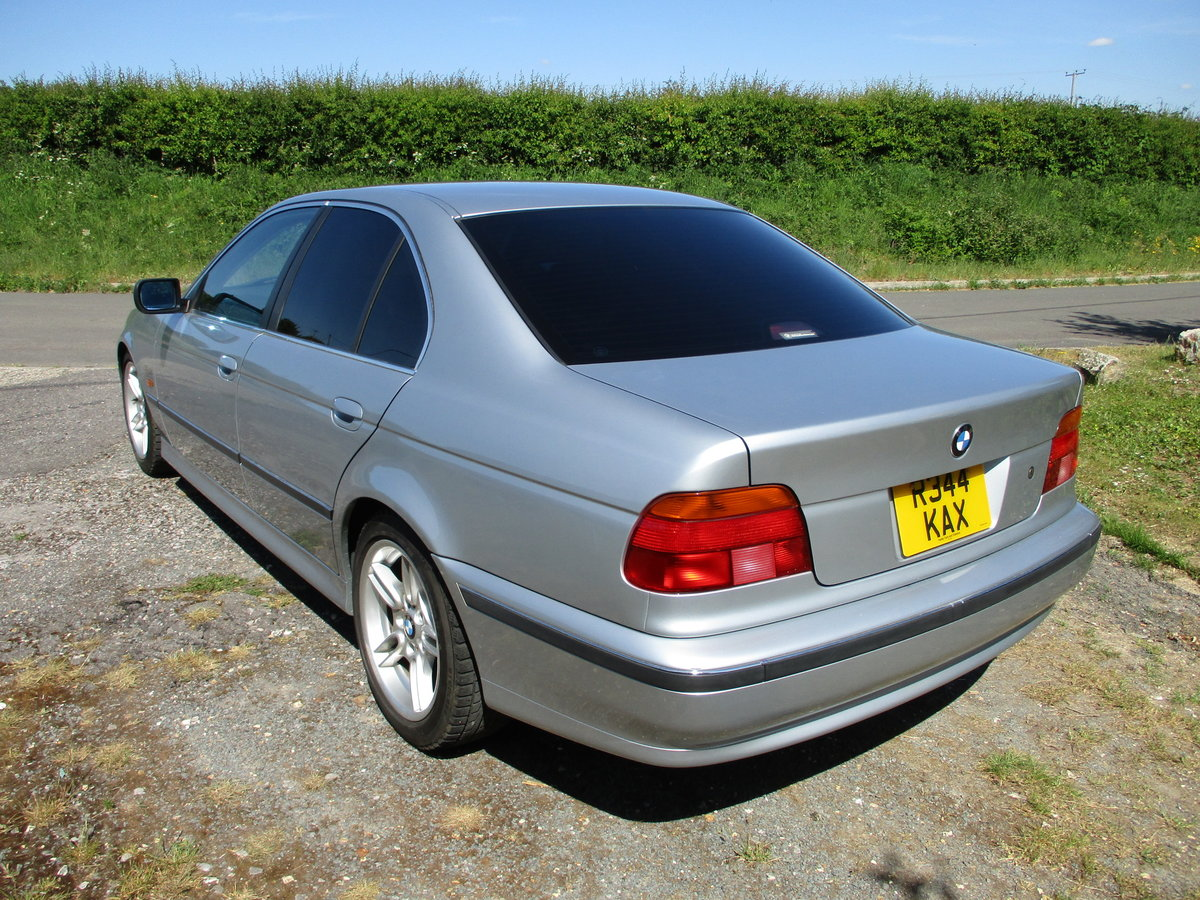 1998 BMW 523 Saloon Automatic. 25000 Miles SOLD (picture 4 of 6)