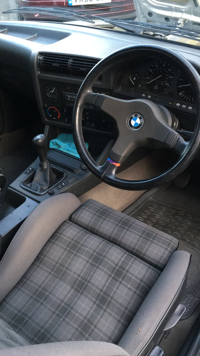 1991 BMW 318is e30 SOLD (picture 5 of 6)