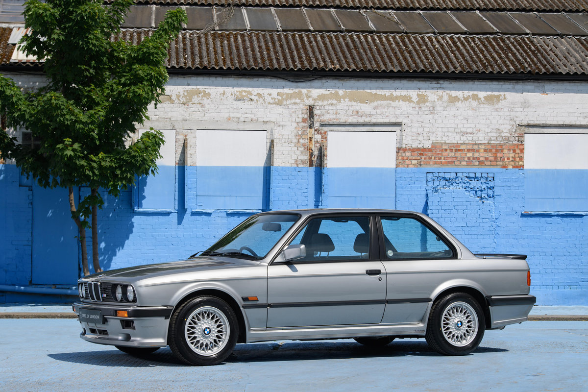 1987 BMW E30 325i Sport MTech 1 Manual For Sale (picture 2 of 12)