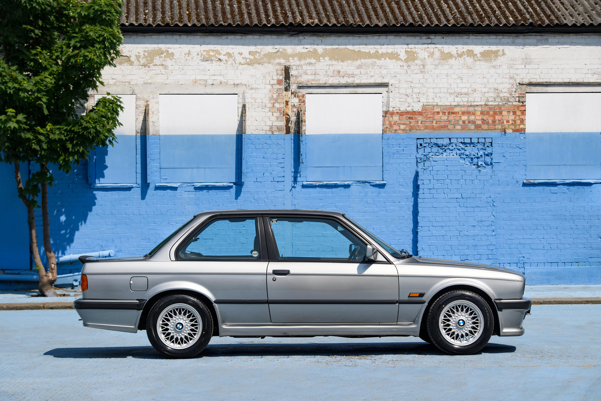 1987 BMW E30 325i Sport MTech 1 Manual For Sale (picture 3 of 12)