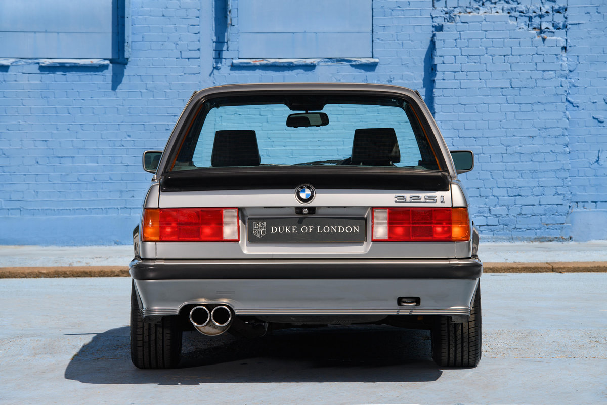 1987 BMW E30 325i Sport MTech 1 Manual For Sale (picture 6 of 12)