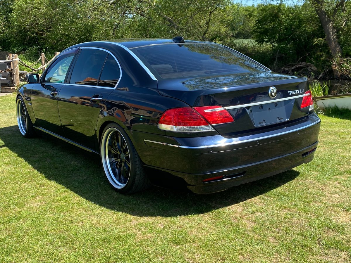 2006 BMW 7 SERIES 750li 4.8 AUTOMATIC LWB * VERY HIGH SPEC * SOLD (picture 2 of 6)