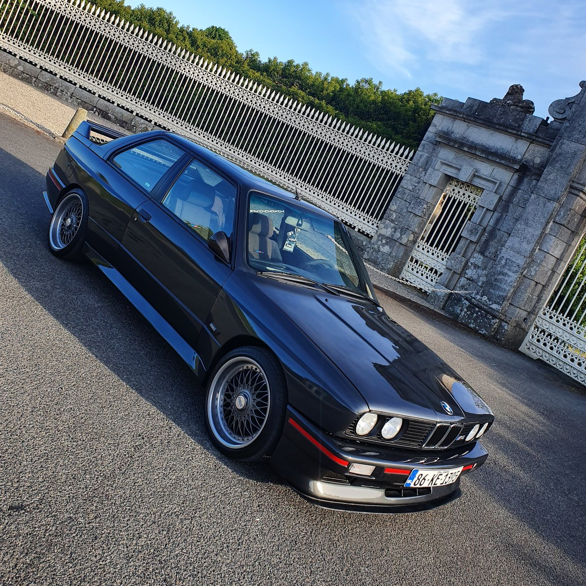 1986 BMW E30 M3 - **Stunning Example ** For Sale (picture 2 of 6)
