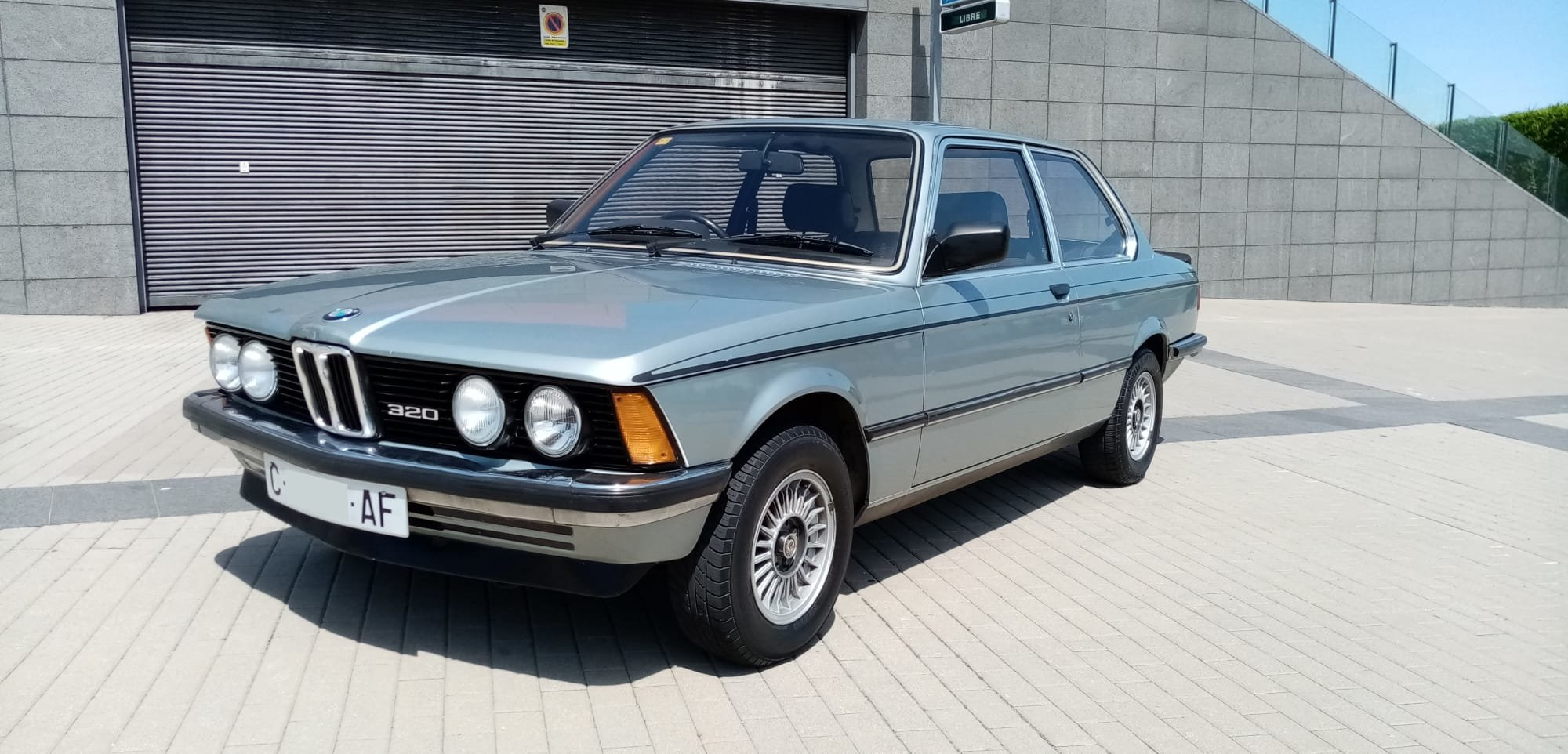 1982 BMW 320/6 e21 AUTO. 2 OWNERS. RHD. PRESERVED  For Sale (picture 1 of 6)