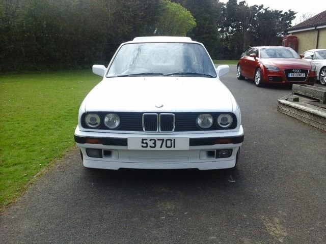 1990 E30 BMW 318 LUX For Sale (picture 1 of 4)