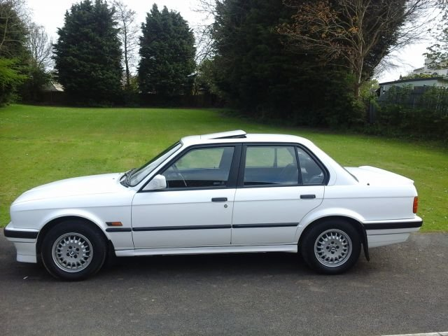 1990 E30 BMW 316 LUX For Sale (picture 2 of 4)