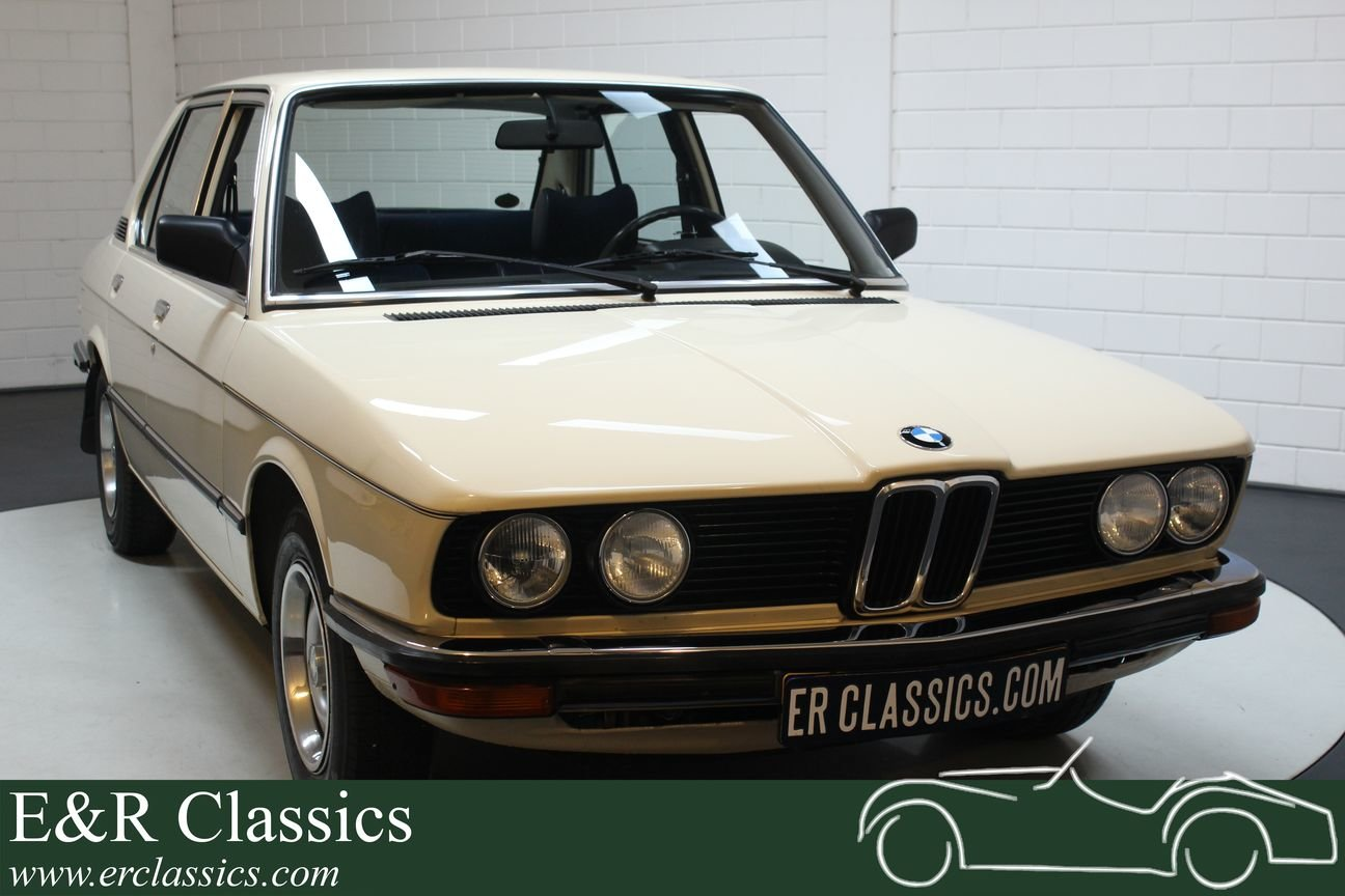 BMW E12 518 1980 Sliding roof For Sale (picture 1 of 6)