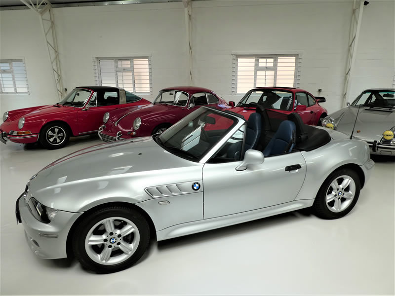 2001 BMW Z3 2.2 Roadster Automatic - very low miles & 2 owners For Sale (picture 2 of 6)