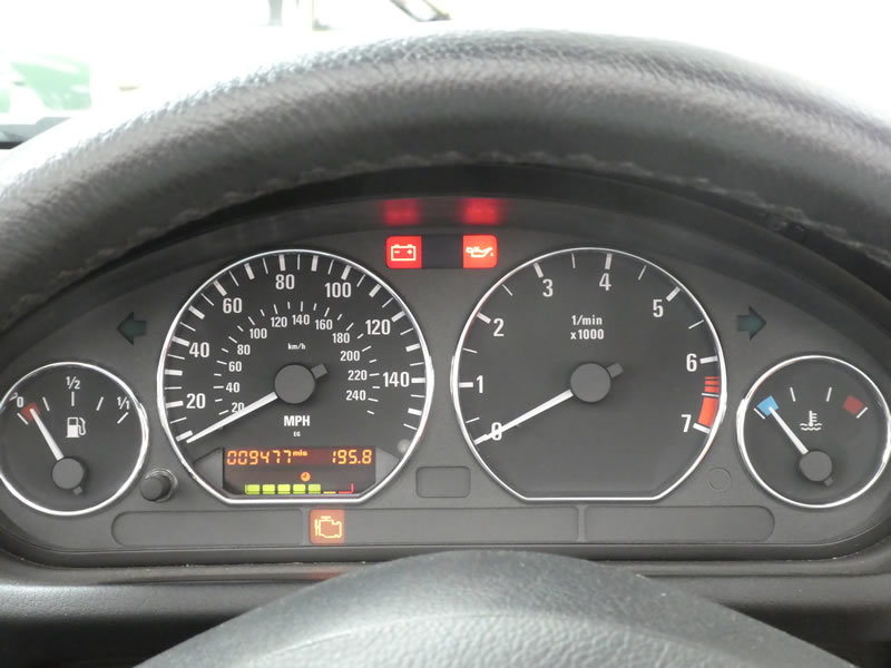 2001 BMW Z3 2.2 Roadster Automatic - very low miles & 2 owners For Sale (picture 4 of 6)