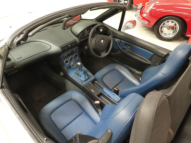 2001 BMW Z3 2.2 Roadster Automatic - very low miles & 2 owners For Sale (picture 5 of 6)