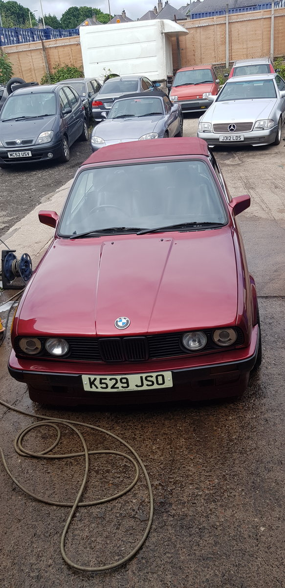 1992 BMW 318i automatic calypso red in great condition For Sale (picture 4 of 6)