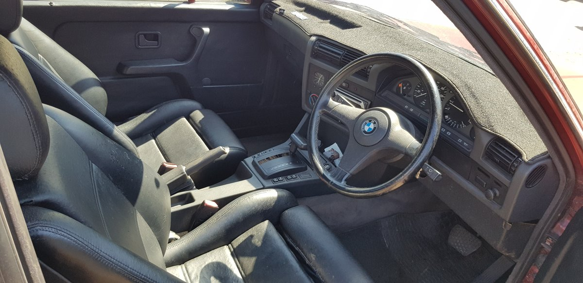 1992 BMW 318i automatic calypso red in great condition For Sale (picture 5 of 6)
