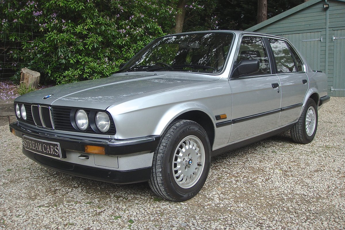1986 Old skool 80's BMW 320i saloon For Sale (picture 2 of 6)
