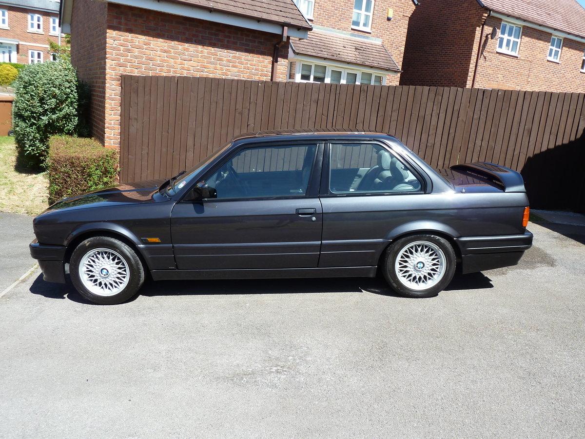 1989 BMW E30 325i Sport Mtech2 DiamondBlack Manual For Sale (picture 1 of 6)