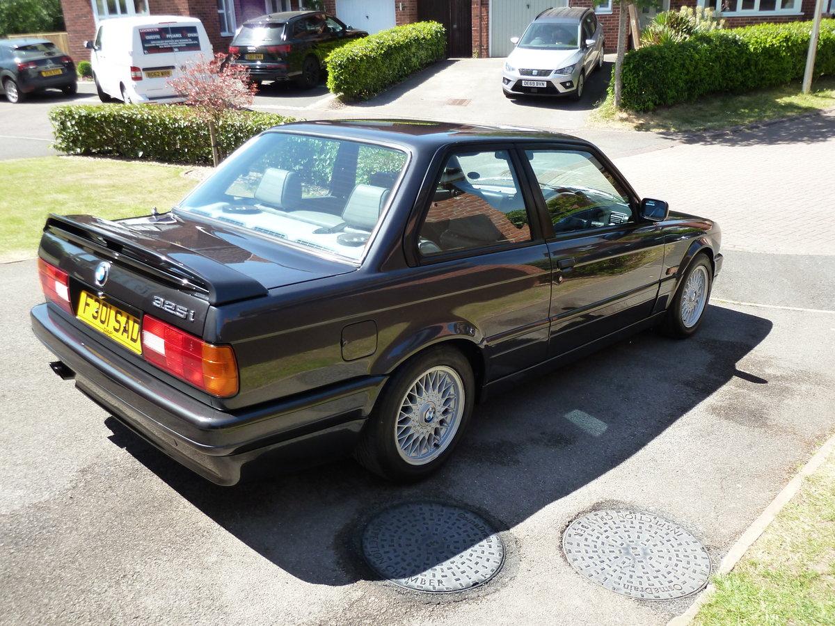 1989 BMW E30 325i Sport Mtech2 DiamondBlack Manual For Sale (picture 2 of 6)