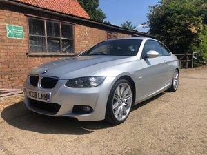BMW E93 3 series 320i M Sport 6 speed manual