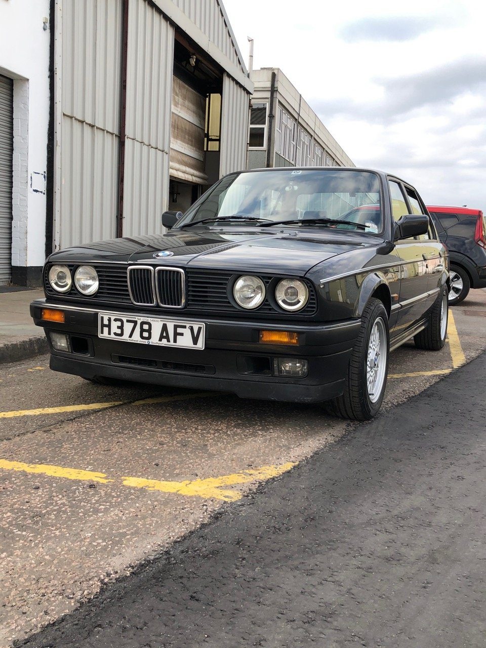 1991 BMW 325I SE 4dr Saloon E30 For Sale (picture 6 of 6)