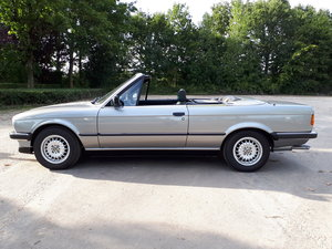 Picture of 1986 BMW 325i convertible E30 silver with black leather For Sale