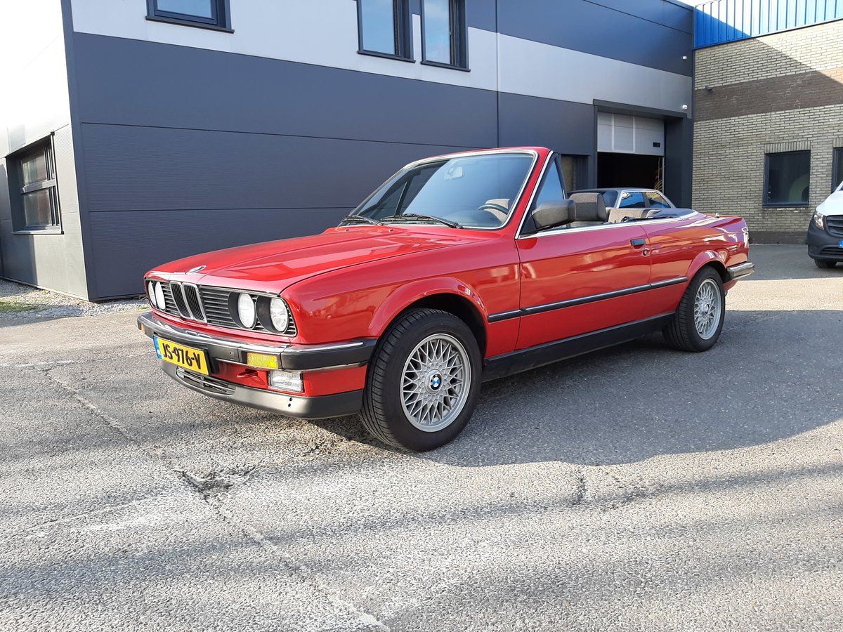 1986 BMW 325i convertible E30 red restored For Sale (picture 3 of 6)