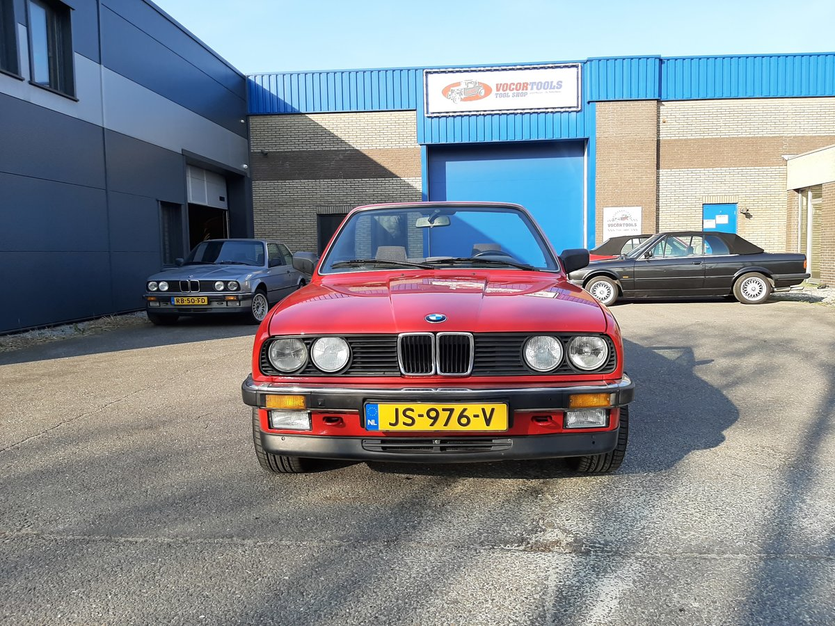 1986 BMW 325i convertible E30 red restored For Sale (picture 5 of 6)