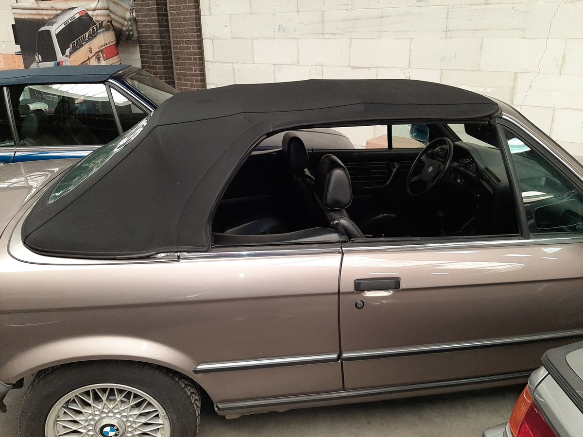 BMW 325 i cabrio E30 (1987) luxorbeige manual transmission For Sale (picture 4 of 6)
