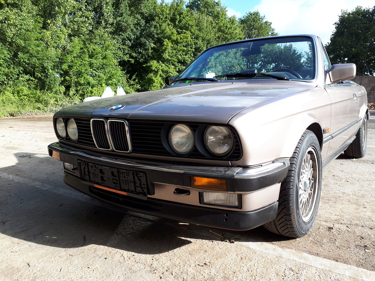 BMW 325 i cabrio E30 (1987) luxorbeige manual transmission For Sale (picture 5 of 6)